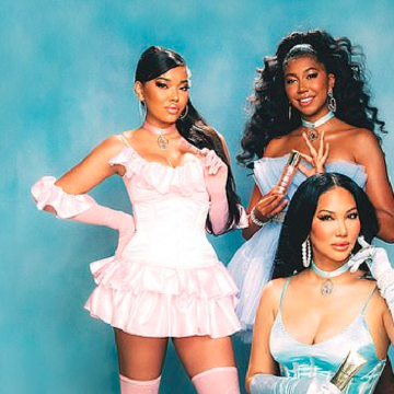 Kimora Lee Simmons Launches Baby Phat Beauty Brand Alongside Daughters