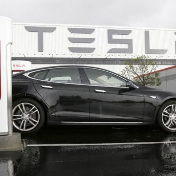Tesla Motors Recalls 50,000 Model S and X cars in China over faulty suspension