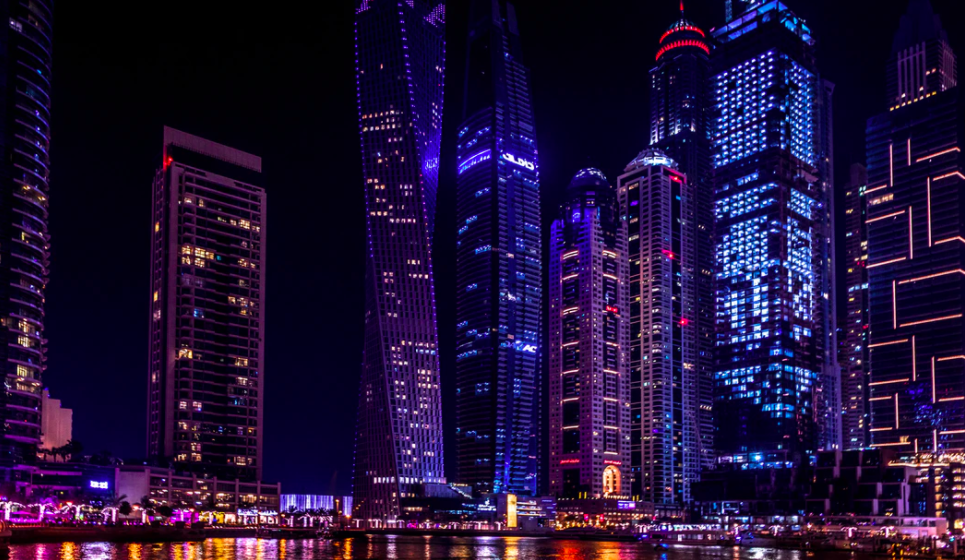 Dubai authorities orders to deport a group of people involved in a naked photo shoot